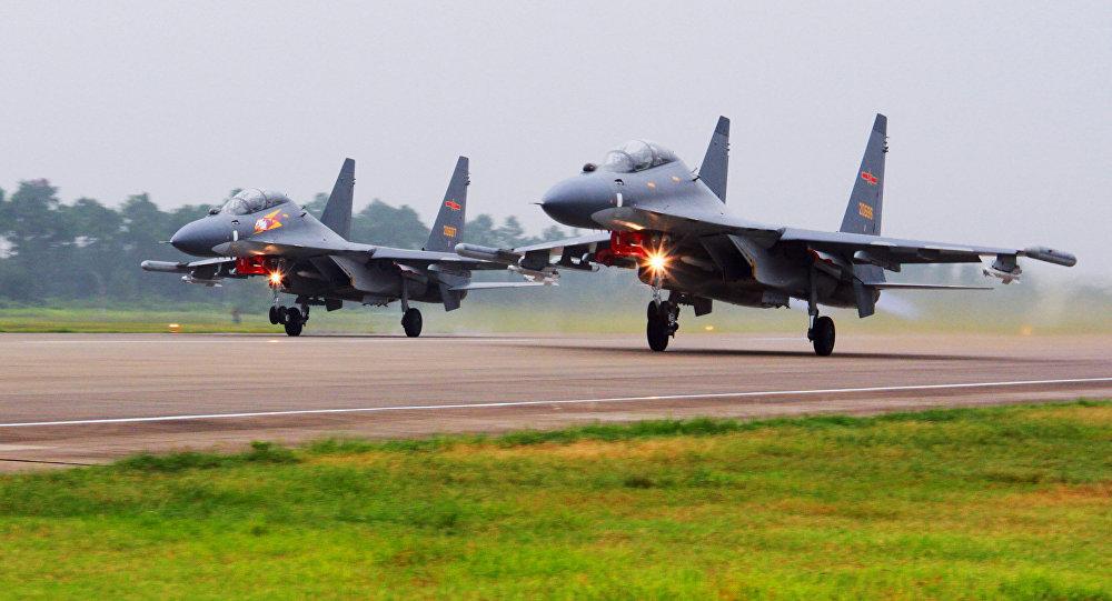 Chiến cơ Trung Quốc tháp tùng Kim Jong Un bay tới Singapore?