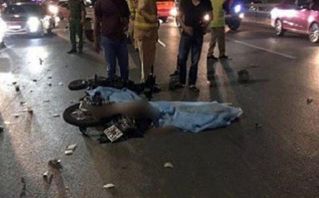 Thanh niên phóng xe như bay, húc đuôi xe tải tử vong trên cầu Nhật Tân