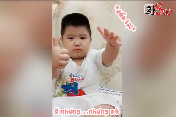 Video bé trai ăn vạ, đòi 'ăn cả thế giới' đốn tim người xem