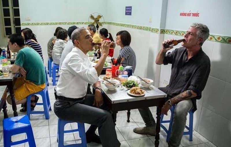 Đầu bếp,Anthony Bourdain,bún chả Obama,tự tử