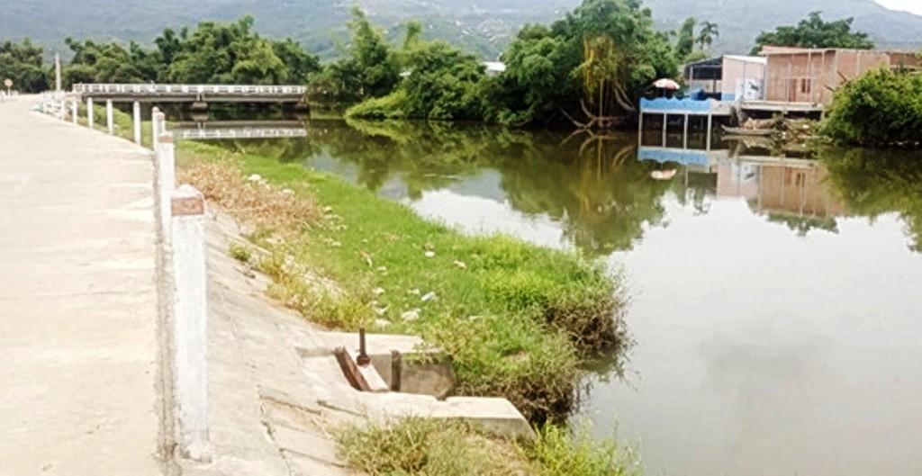 Cô gái bị bạn trai đẩy xuống sông chết đuối thương tâm