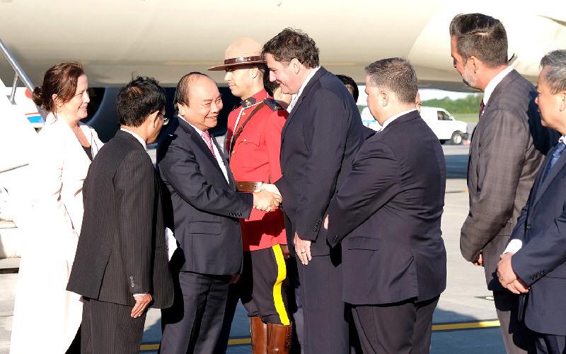 Thủ tướng đến thành phố Québec, Canada