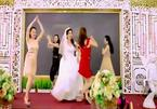 """Cô dâu Quảng Ninh cùng bạn """"quẩy"""" sexy trong đám cưới"""