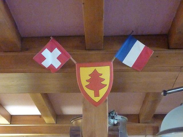Khách sạn kỳ lạ nơi du khách 'ngủ ở Thụy Sỹ, nhưng tắm ở Pháp'
