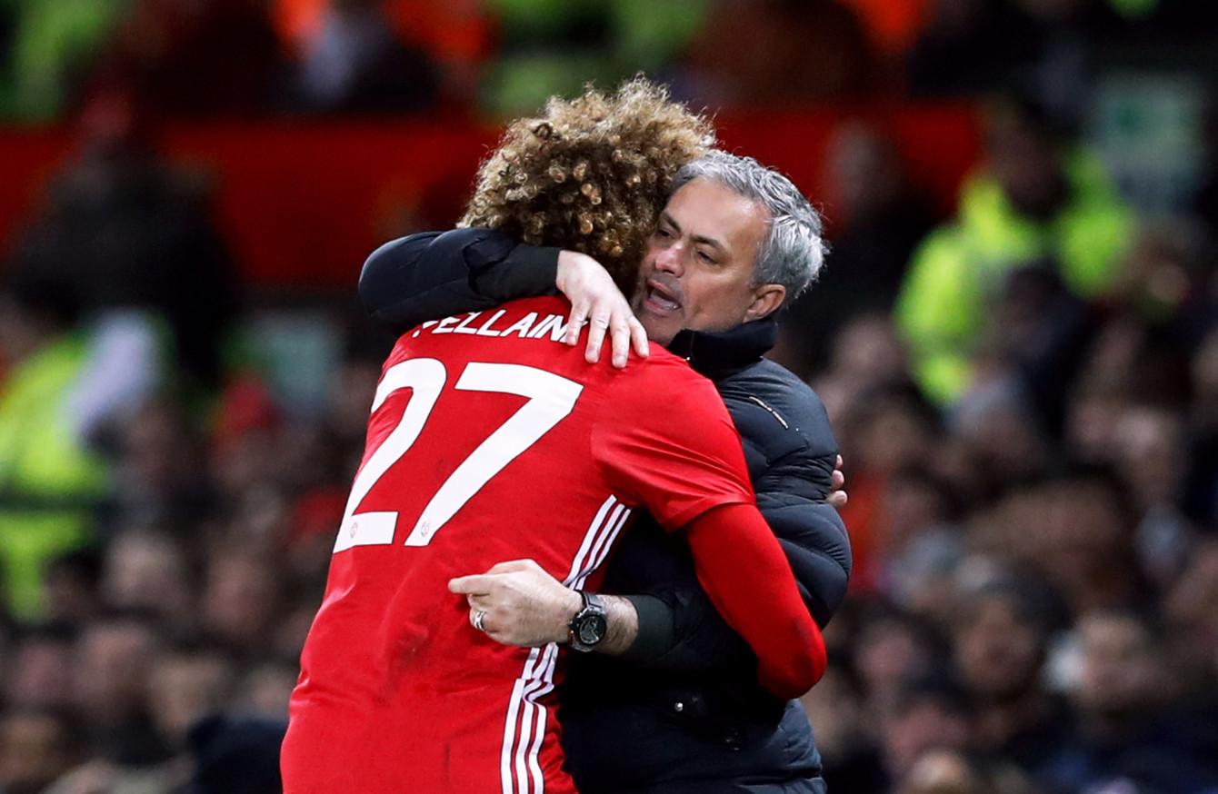 MU quyết giữ Fellaini, Chelsea phá Quỷ đỏ