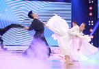 Nhóm võ gây sốt khi 'bung lụa' trên nền nhạc của Sơn Tùng