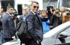 Ronaldo bảnh bao cùng đồng đội đổ bộ nước Nga