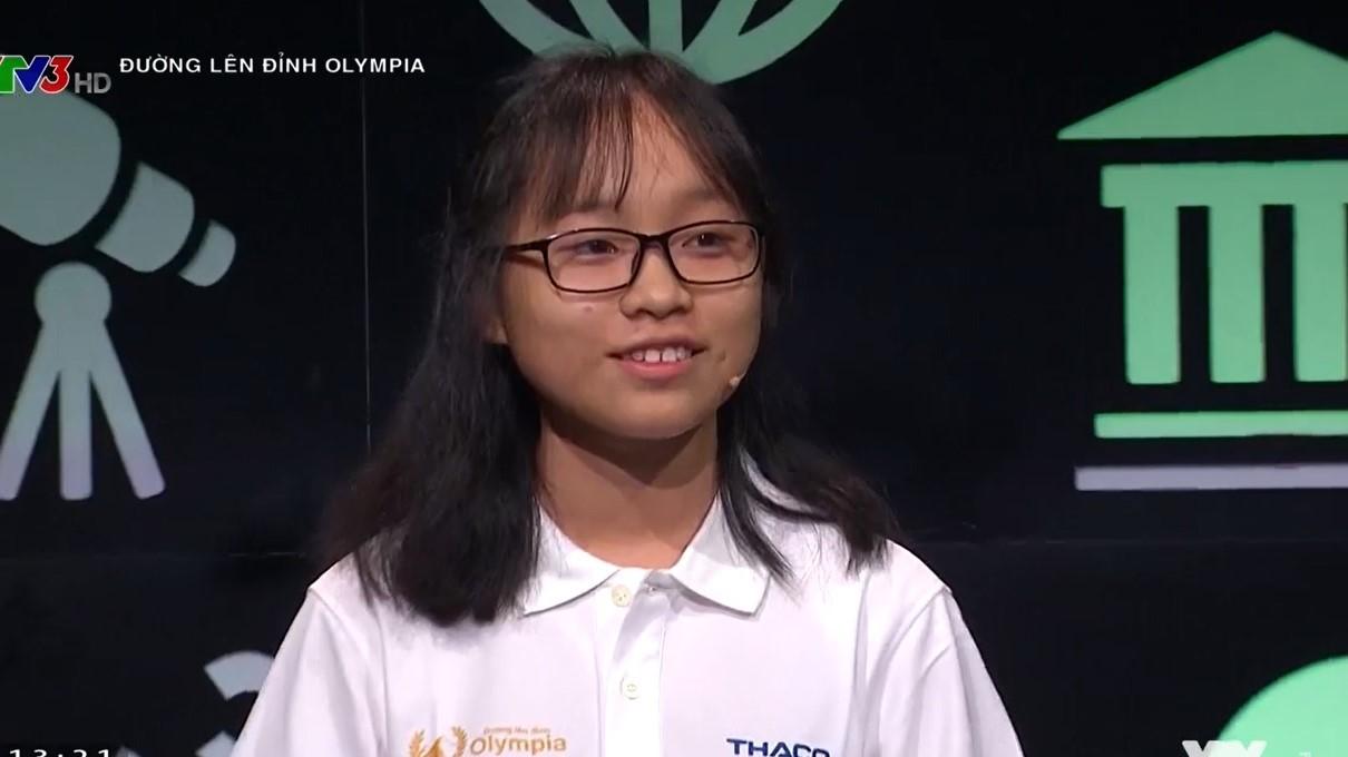 Nữ sinh đầu tiên chạm kỷ lục trong suốt 18 năm Đường lên đỉnh Olympia