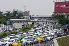 Hành khách cần ra sân bay Tân Sơn Nhất sớm nhất có thể