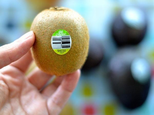 Mã code trên trái cây: Sự thật đáng sợ?