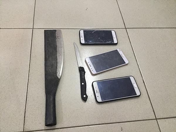 cướp giật,cướp giật ở Sài Gòn,cướp giật thủ dao,tội phạm đường phố,Sài Gòn,cướp tài sản
