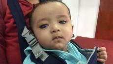 Tín hiệu đáng mừng của bé trai từng có nguy cơ bị mù vĩnh viễn