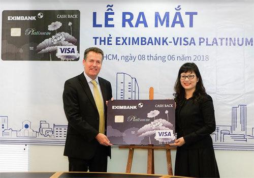 Eximbank-Visa Platinum Cash Back: Dùng thẻ chi tiêu, nhận ngay tiền thưởng