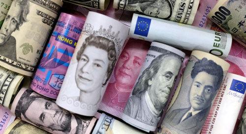 Giá vàng hôm nay 13/6: Giá vàng trong nước tiếp tục tăng mạnh, đồng USD tăng nhẹ