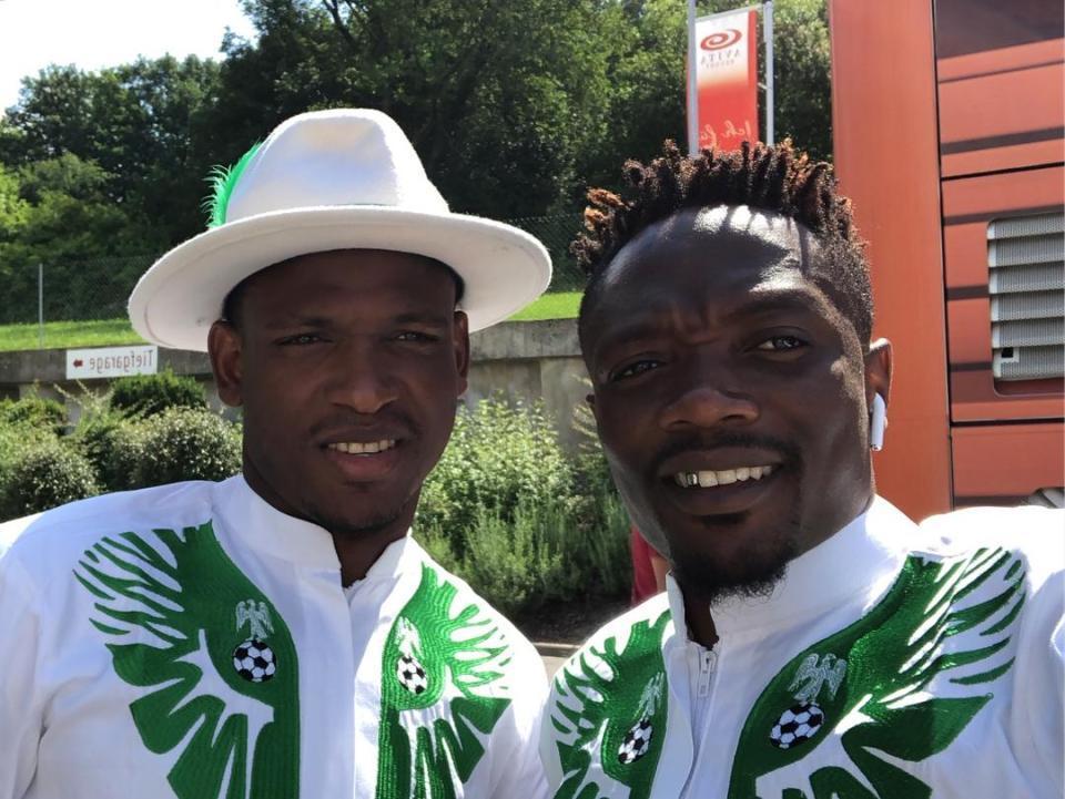 Sửng sốt với trang phục đẹp mắt của Nigeria đến World Cup