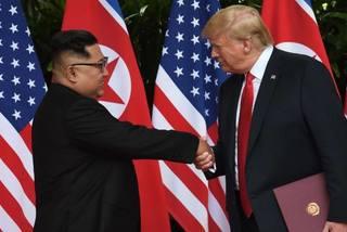 Lần đầu 'đối mặt' với ông Trump, Kim Jong Un nói về định kiến