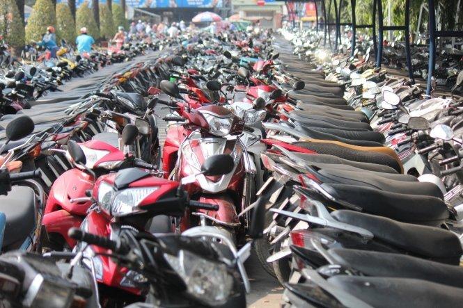 Xe máy,thị trường xe máy,xe tay ga,giá xe máy,cấm xe máy