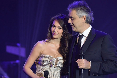 Aida song ca với danh ca Andrea Bocelli