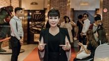 Tự gây áp lực, Việt Hương kiệt sức phải truyền nước biển