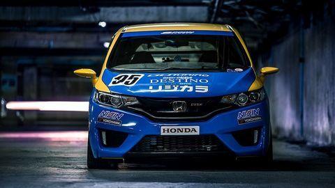 Xe độ phong cách xe đua từ mẫu Honda Jazz