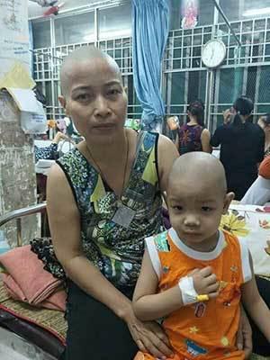 Nỗi khốn cùng của gia đình có hai bà cháu mắc bệnh ung thư