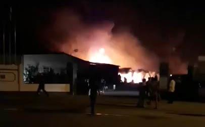 cháy khu công nghiêp