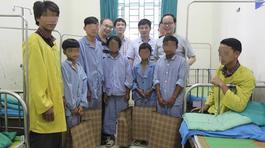 Hội chứng lạ, 3 anh em trai có bộ phận sinh dục nữ hoá