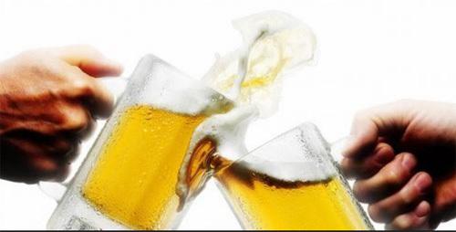 Cách 'né' rối loạn tiêu hóa khi uống rượu bia của người Nhật