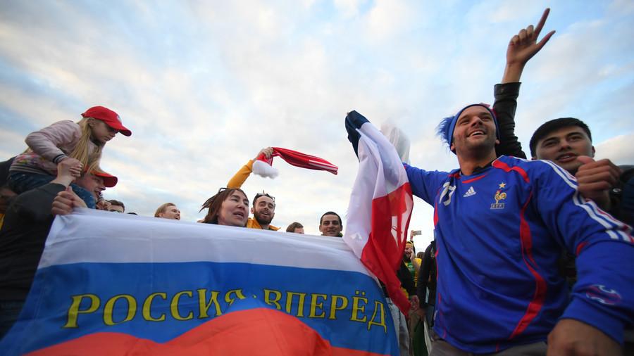 Dư âm Nga 5-0 Saudi Arabia: Một trận đấu điên rồ
