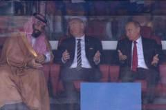 Phản ứng hài hước của Putin khi xem trận khai mạc