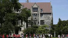 ĐH Chicago bỏ tiêu chí điểm SAT/ACT trong hồ sơ tuyển sinh