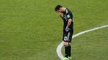 Messi bị Ronaldo ám ảnh, phạt đền cũng hỏng