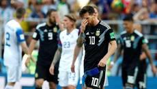 """Messi được kêu gọi từ bỏ đá penalty sau khi """"hại"""" Argentina"""