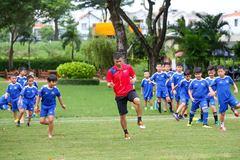 Công Vinh khai giảng học viện bóng đá CV9