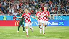 """Thi đấu tinh quái, Croatia """"xử đẹp"""" Nigeria"""