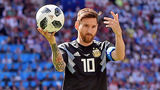 """Messi khủng hoảng: """"Tôi đau đớn khi đá hỏng phạt đền"""""""