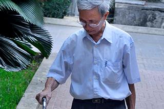 Nguyễn Khắc Thủy đến trại giam, tự nguyện thi hành án