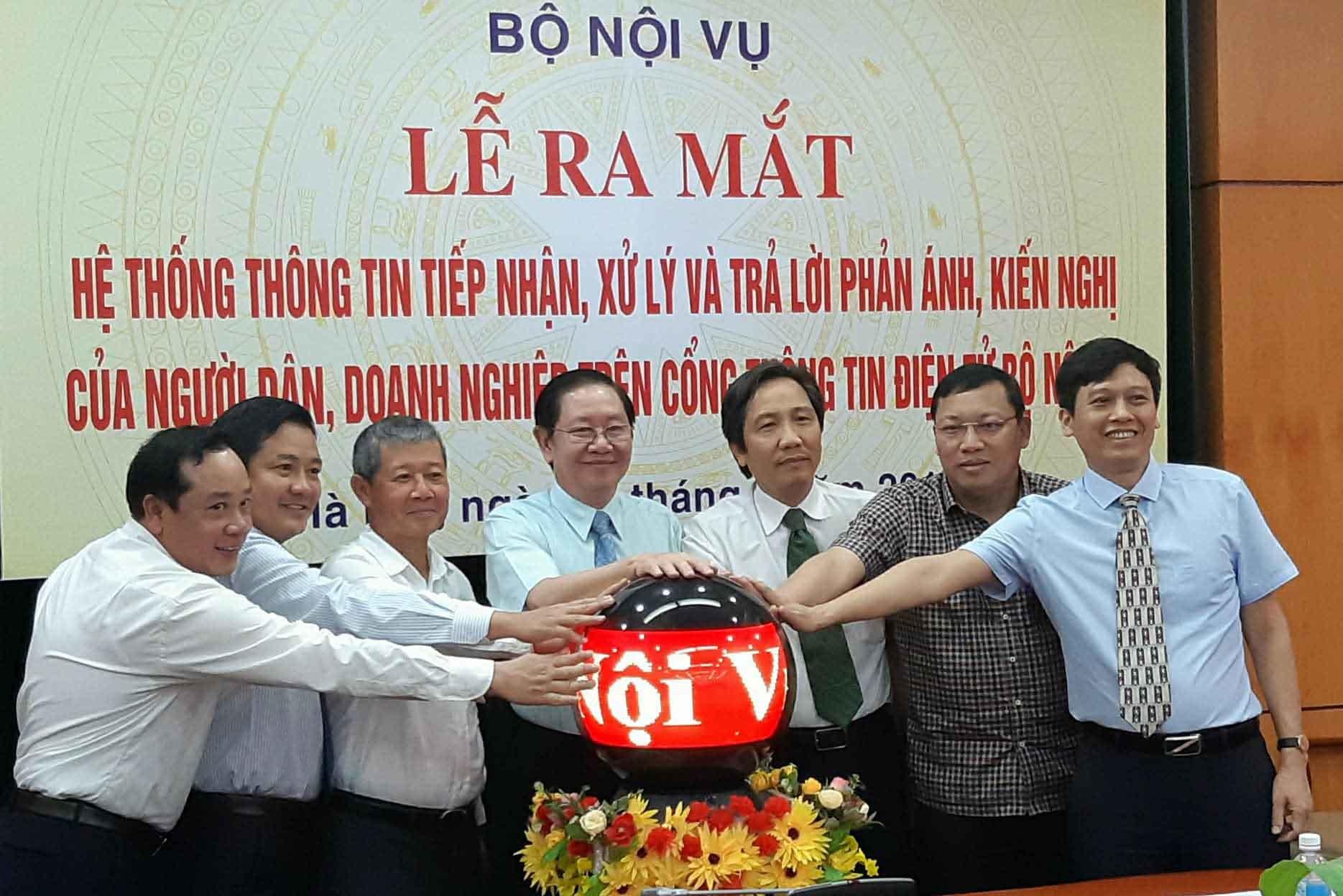 Bộ Nội vụ,cán bộ công chức,Bộ trưởng Nội vụ,Lê Vĩnh Tân,cải cách hành chính,chính phủ điện tử
