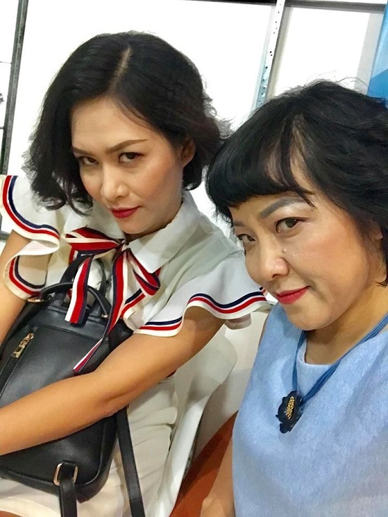 MC Thảo Vân bắt chước điệu lườm kinh điển của Nguyệt thảo mai