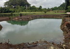 Đi hái phong lan, 2 học sinh chết đuối dưới hồ sâu