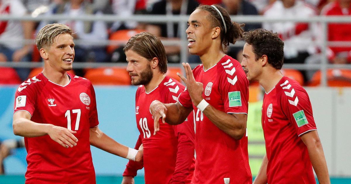 Đan Mạch giành chiến thắng vất vả ngày ra quân