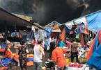 Hà Nội: Cháy dữ dội ở chợ Sóc Sơn