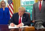 Ông Trump bất ngờ dừng chính sách chia cắt gia đình nhập cư gây tranh cãi
