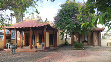 Chuyện ly kỳ về ngôi miếu, cây dầu đôi 350 tuổi ở Khánh Hòa