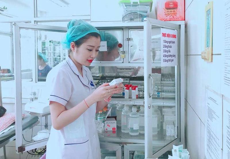 Góc khuất nghề,Nhân viên y tế,Bác sĩ sản