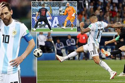 Argentina thua tan nát trước Croatia