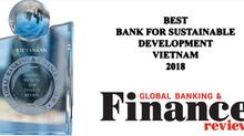 VietABank: 'cú đúp' giải thưởng và những bước tiến mạnh mẽ