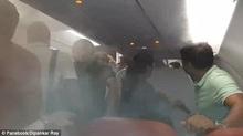 Cơ trưởng bật điều hòa hết cỡ để xua đuổi hành khách
