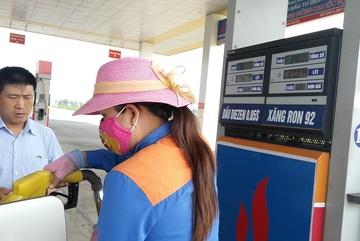 Quyết định mới, giá xăng dầu biến động