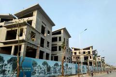 26 biệt thự giữa thủ đô xây xong mới xin phép